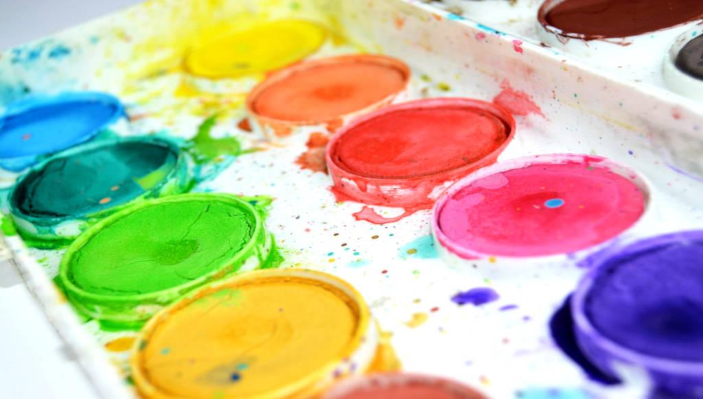 como quitar pintura de la ropa