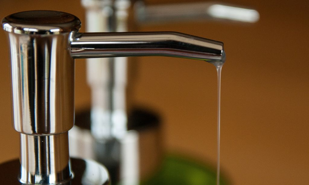 Cómo hacer jabón líquido en casa